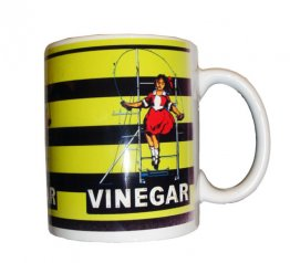 Mug Skipping Girl Yellow & Black
